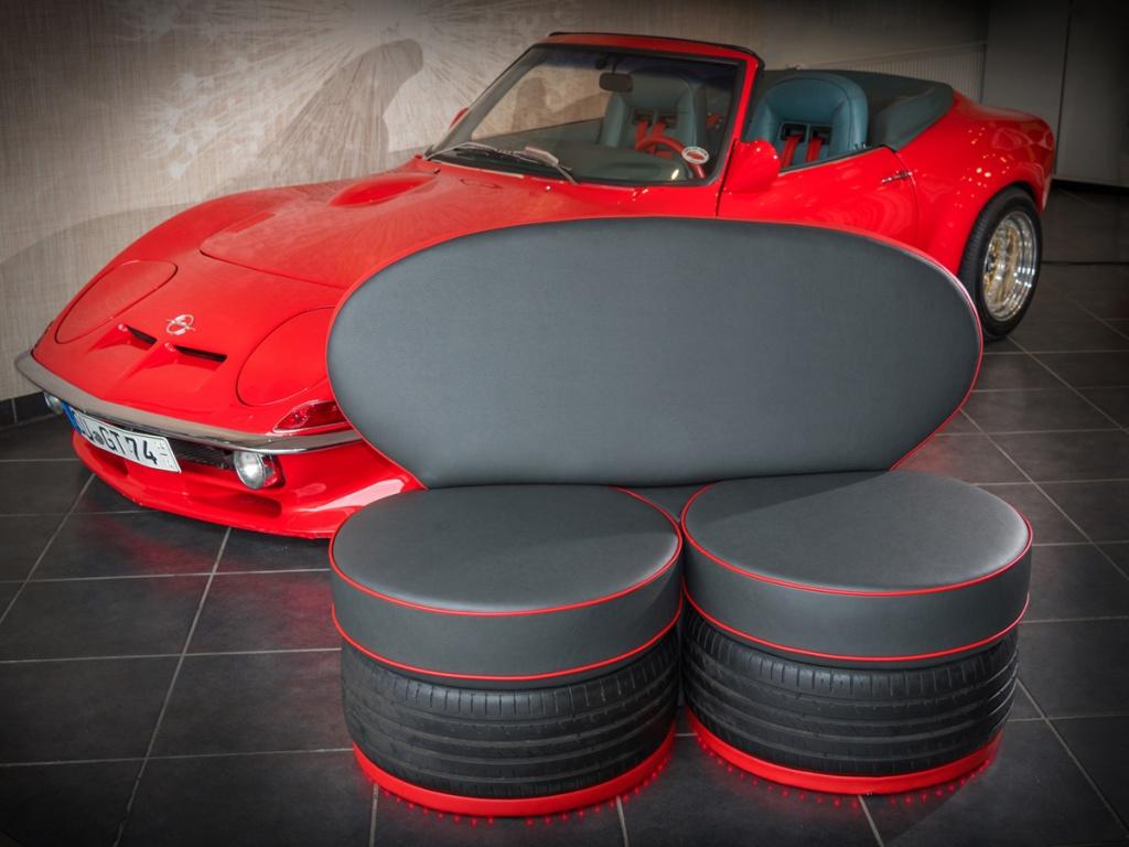 Reifenmöbel schwarz rot