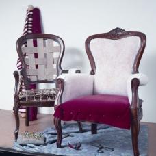 Aufarbeiten eines Stuhls - Foto: Saum & Viebahn
